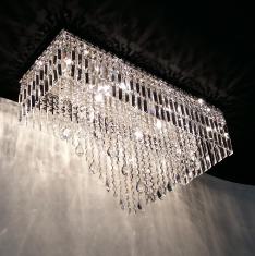 https://www.boutiquedoslustres.com.br/luminaria-em-cristal-e-pingente-cristal-stelle-p