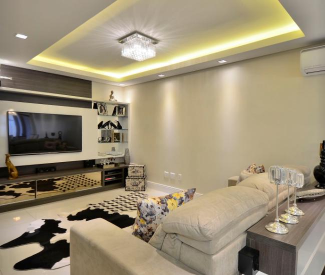 Projeto de iluminacao boutique dos lustres sala de estar for Lustres para sala de estar